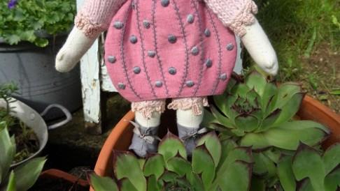 Poupée lapine - Détails - Les points de bonheur